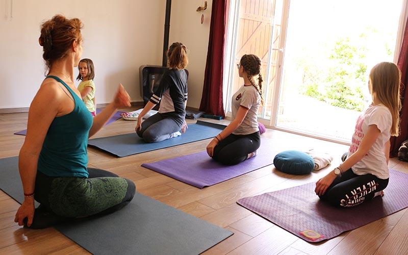posture-yoga-adolescent